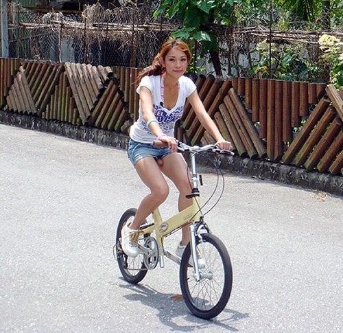 Резиновый член на велосипеде